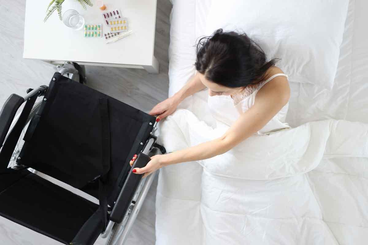mindervaliden hotel bed